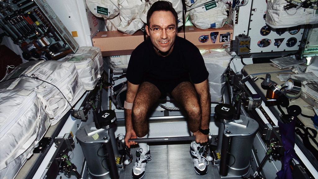 astronauti delle quattro mura Carl Walz l'iRED